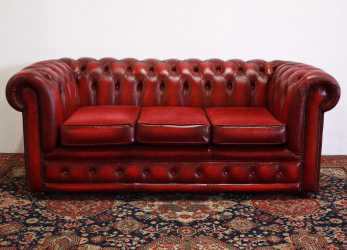 Speciale Divano Chesterfield Club 3 Posti Bordeaux (704)