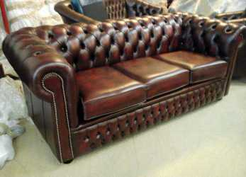Esotico ... Large Size Of Divani Chesterfield Usati E Nuovi Divani Chesterfield Divano Chester Inglese Pelle Rosso Nuovo