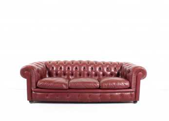 Semplice Poltrona Frau 'Chester One' Chesterfield Sofa By Renzo Frau, 1912 At 1Stdibs