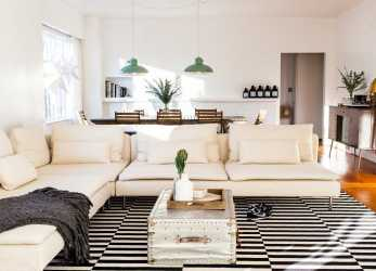 Confortevole Clean Lines Keep It Chic,, Deep Seats, Comfy Cushions Make It A Really