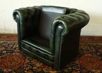 Minimalista Chesterfield Club Armchair In Original Green Leather Made In The